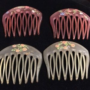 VINTAGE HAIR COMBS SET OF TWO